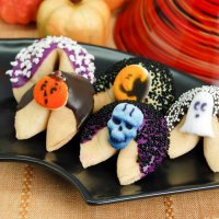 Halloween Party Favour Guide - Custom Halloween Fortune Cookie