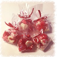 Connexion Candy Selection Of Valentine S Day Candy And Gifts